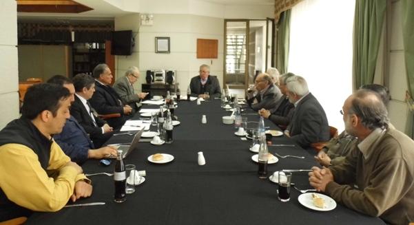 Presidente nacional participó en reunión ampliada del Consejo de Especialidad de Ingeniería Mecánica.