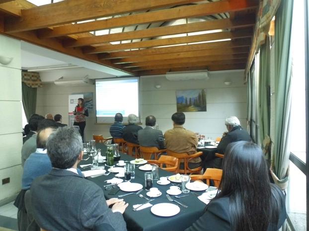 """Sesión Ampliada """"Estudio Regulatorio de Frecuencia con Energía Fotovoltaica y Eólica"""",Dra. Claudia Rahmann"""