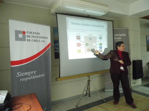 Directora Center for Climate and Resilence Research (CR2), Laura Gallardo.