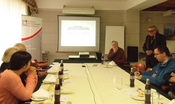 Diálogo abierto sobre propuestas en educación y estructura de la enseñanza